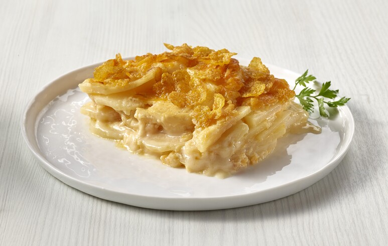 Scalloped Idaho® Potatoes with Crispy Cornflake Topping