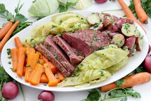 Instant Pot Corned Beef with Cabbage, Carrots, and Buttered Idaho® Potatoes