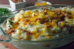 Bacon Cheddar Mashed Potatoes
