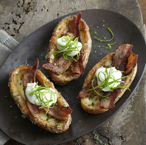 NEED APPETIZER INSPIRATION? KEEP IDAHO® POTATO SKINS AT THE READY