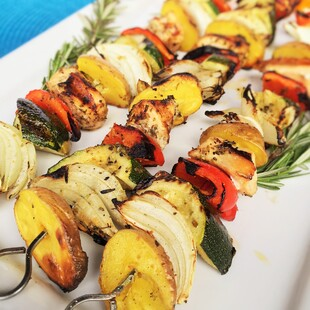 Herb Chicken, Vegetables and Idaho® Baby Gold Potato Kabobs