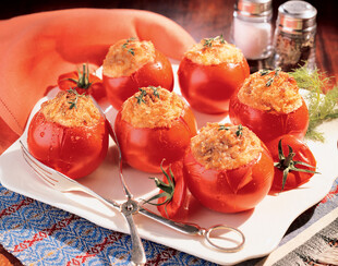 Baked Tomatoes Stuffed with Cheesy Idaho® Potatoes
