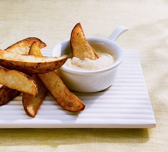 Idaho® Potato Wedges with Four-Cheese Fondue