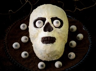 Chocolate Idaho® Potato Skull Cake