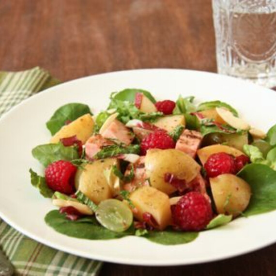 Idaho® Potato and Grilled Chicken Salad with Raspberries Gluten Free