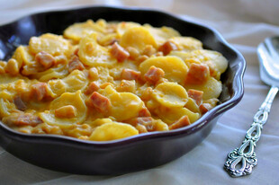 Easy Ham and Cheese Potato Gratin