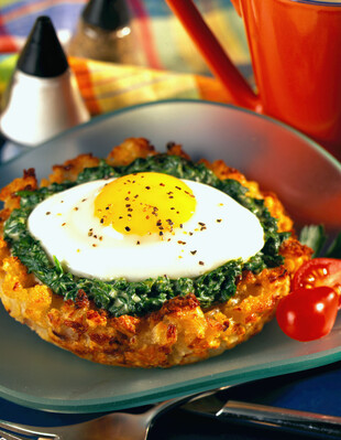 Idaho® Potato-Onion Nests with Creamed Spinach and Eggs