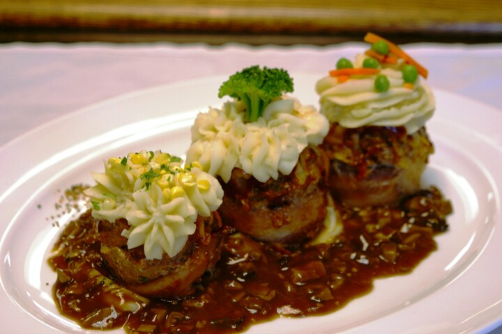 Meatloaf Cupcakes with Idaho®Potato