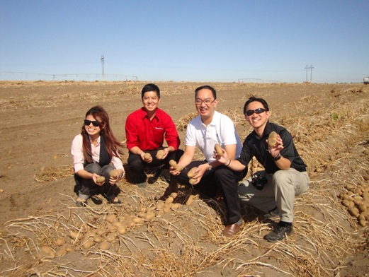 Southeast Asia buyers visiting an Idaho® potato field during a 2012 inbound trade mission