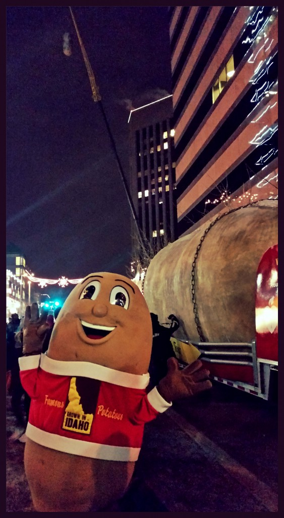 IPC Mascot Spuddy Buddy prepares to ring in 2015